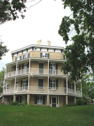 Octagon House in Watertown Wisconsin