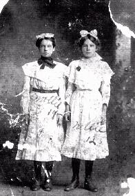 "[Mary ""Mollie"" and Rosa Nell ""Nellie"" Howder]"